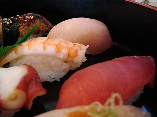 MIxed sushi close 2