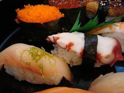 Mixed sushi 3