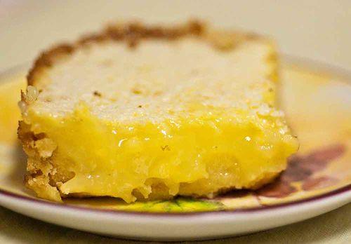 Baked lemon square