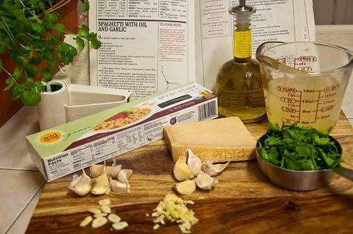 Olive oil garlic pasta ingredients