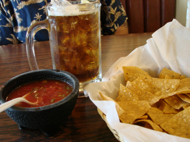 Chips_beer_salsa
